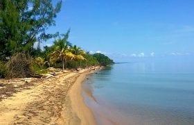 Armonía Beach